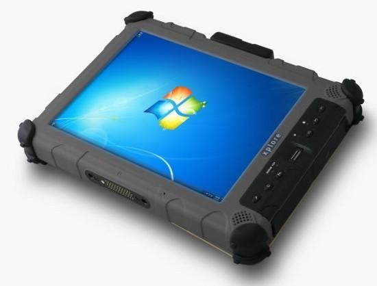 Укрепленный планшет Xplore iX104C5 поработает в цехах и полевых условиях